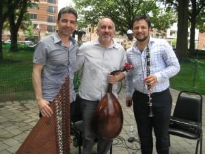 L-R: Tamer Pinarbasi (kanun), Ara Dinkjian (oud) and Ismail Lumanovski (clarinet)