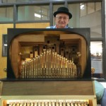 Ed Ricci, organ grinder, courtesy Morristowngreen.com