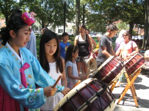 The public tries out the Korean drums