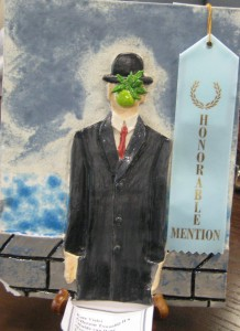 Kate Vialet's earthenware and glaze, Hulde van Renee Magritte (Jefferson Twp)