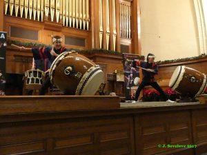 Japanese Taiko drumming with Taikoza