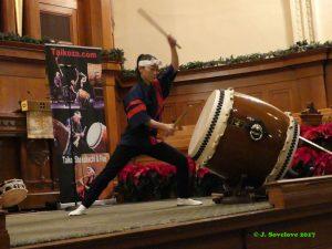 Drumming with Taikoza
