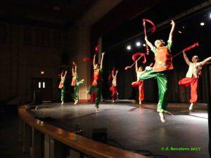 Nai Ni Chen Dancers