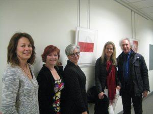 Joan Lisovicz, Gina Moran, Tara Skirzenski,Artist Elizabeth Gregory and her husband, Bob Gruen