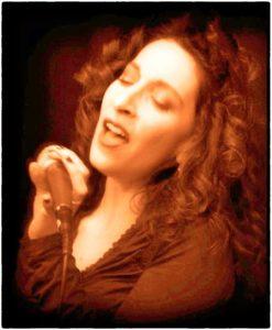 melanie-mitrano-portuguese-fado-singer